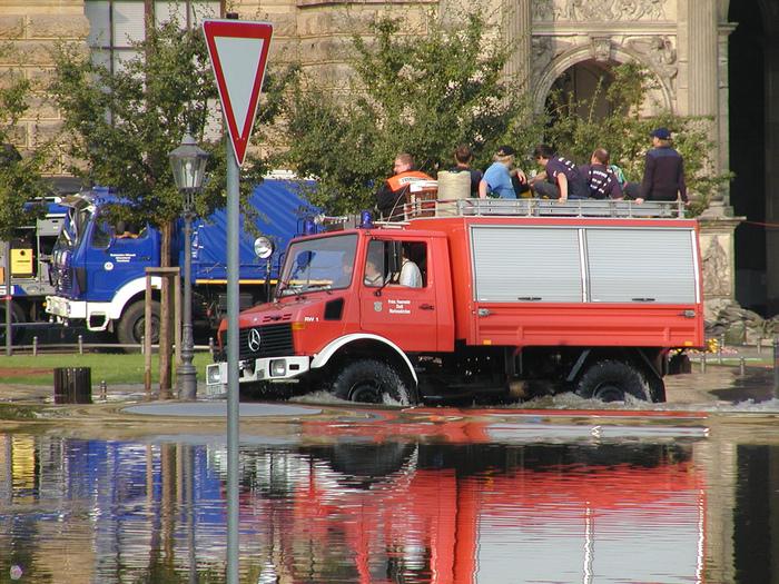 2002-Катастрофа по-европейски 83310