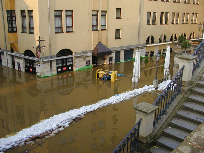 2002-Катастрофа по-европейски 26415