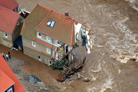 2002-Катастрофа по-европейски 26422