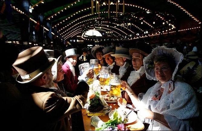 200 лет пивному фестивалю Октоберфест 18