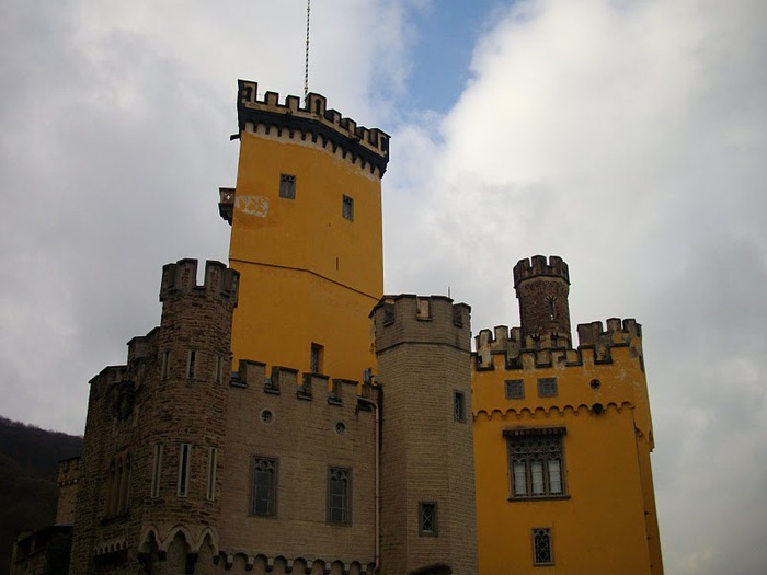 Рейнская жемчужина -Замок Штольценфельс 75199