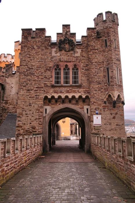Рейнская жемчужина -Замок Штольценфельс 99353