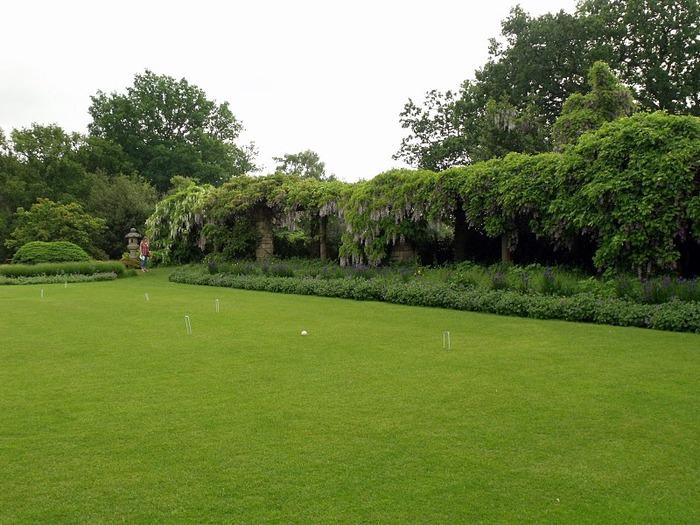 Nymans Gardens 81601