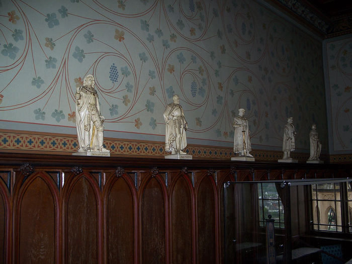 Рейнская жемчужина -Замок Штольценфельс 54360