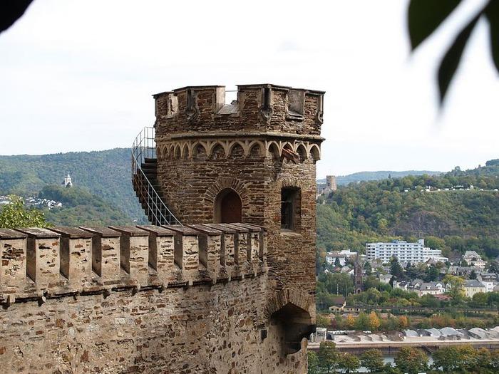 Рейнская жемчужина -Замок Штольценфельс 10482