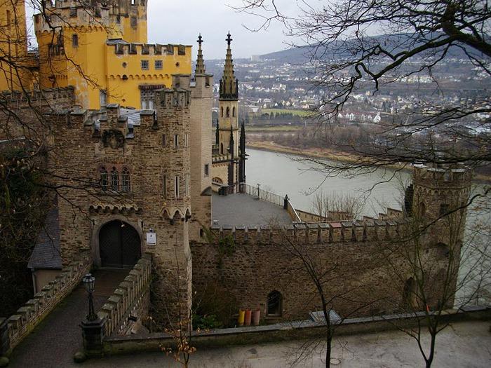 Рейнская жемчужина -Замок Штольценфельс 94492