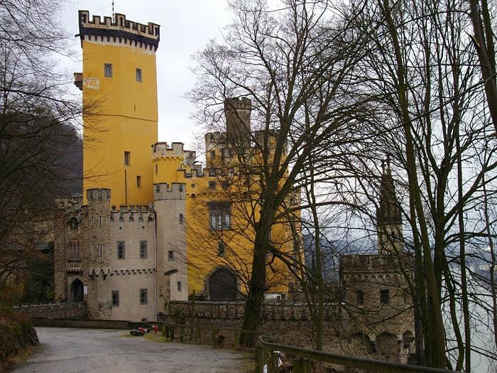 Рейнская жемчужина -Замок Штольценфельс 62260