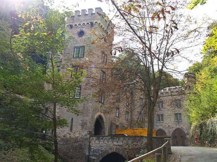 Рейнская жемчужина -Замок Штольценфельс 59224