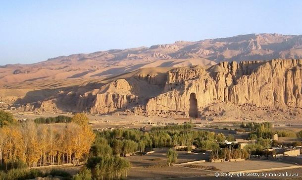 53-метровая пещера Будды в Бамиане.