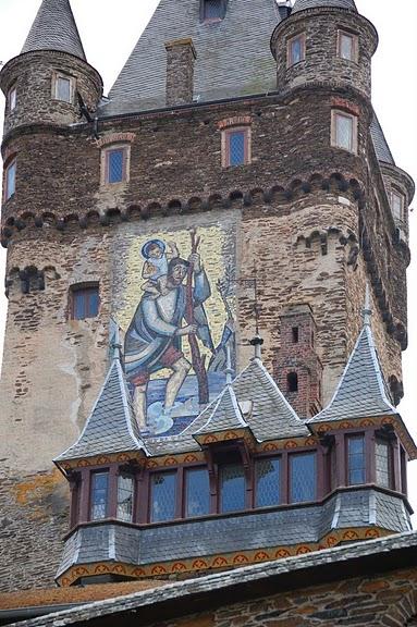 Замок Кохем под Райхсбургом. Германия. 59218