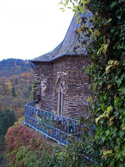 Замок Кохем под Райхсбургом. Германия. 96853