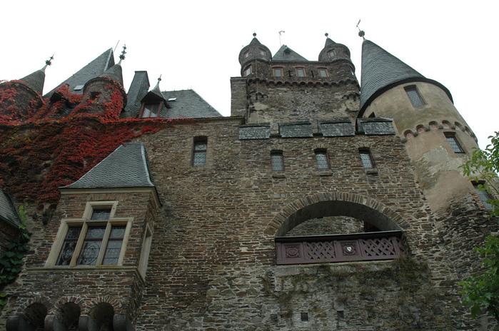 Замок Кохем под Райхсбургом. Германия. 75237