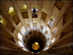 45 спиральных лестниц 4