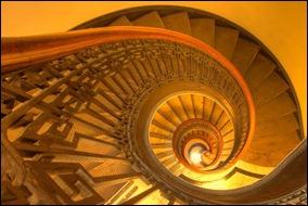 45 спиральных лестниц 31