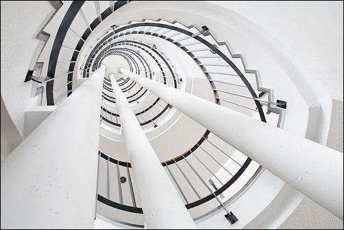 45 спиральных лестниц 7