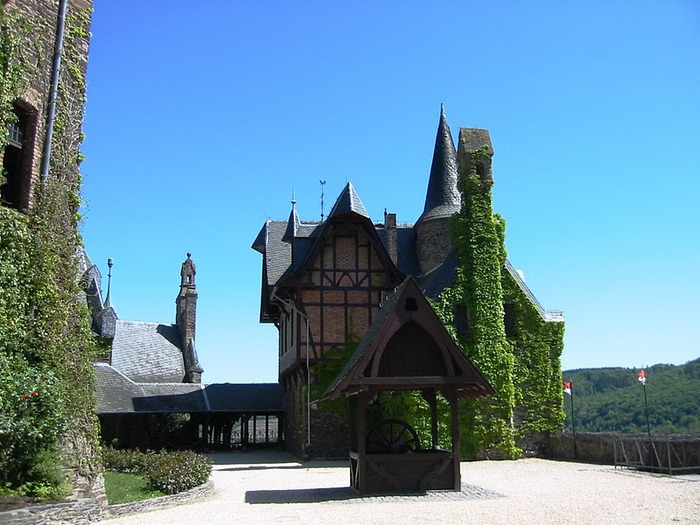Замок Кохем под Райхсбургом. Германия. 69526