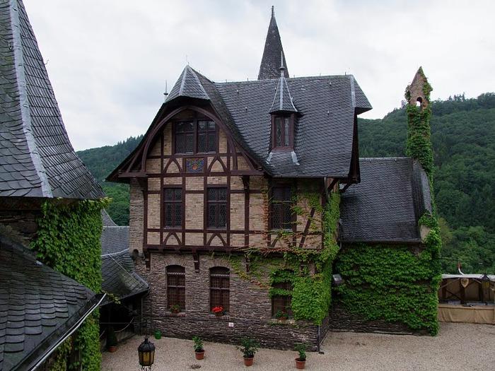 Замок Кохем под Райхсбургом. Германия. 26073