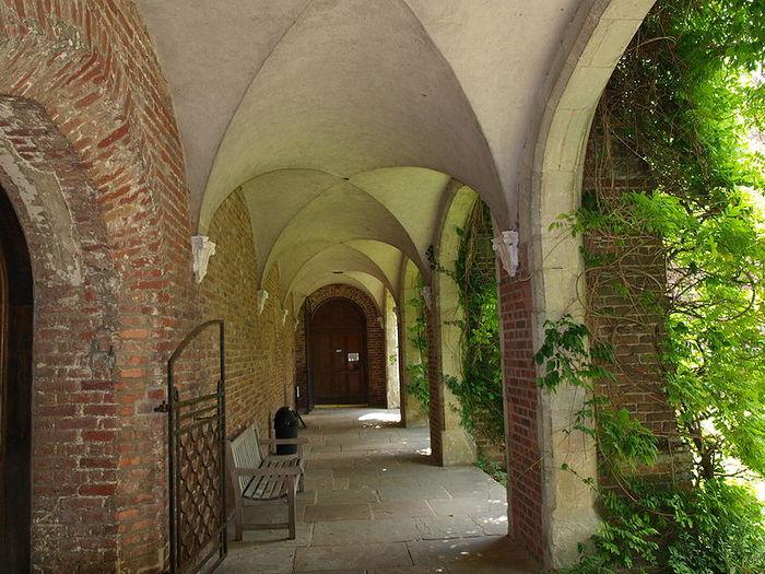 Замок Хёрстмонсо - Herstmonceux Castle 63392