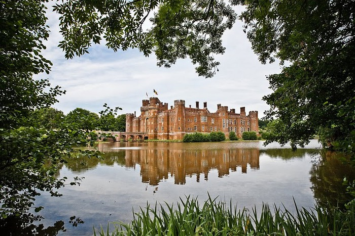 Замок Хёрстмонсо - Herstmonceux Castle 75844