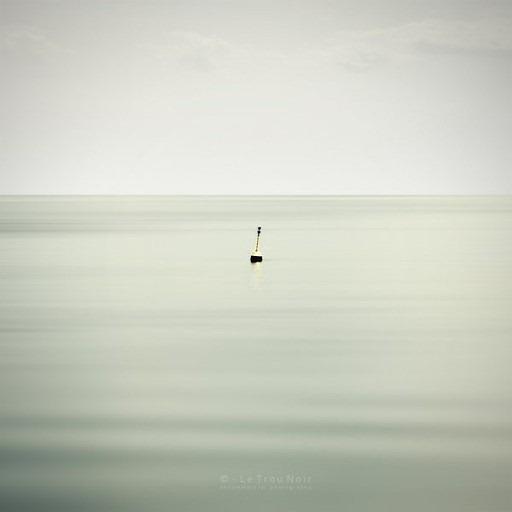 Минимализм в фотографии  Le Trou Noir 19
