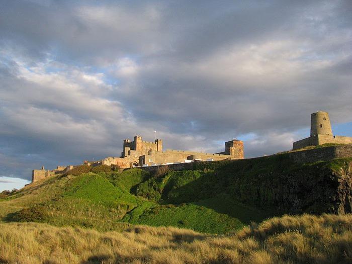 Замок Бамбург (Bamburgh) - Графство Нортумберленд 34145