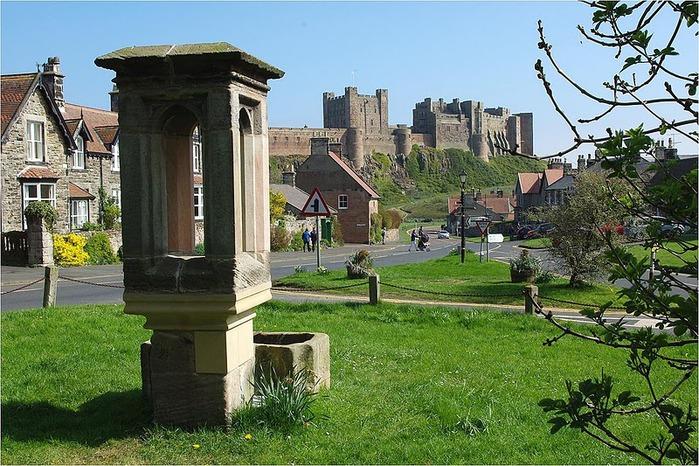 Замок Бамбург (Bamburgh) - Графство Нортумберленд 81226