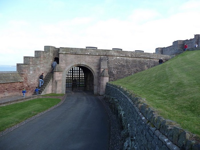 Замок Бамбург (Bamburgh) - Графство Нортумберленд 39694