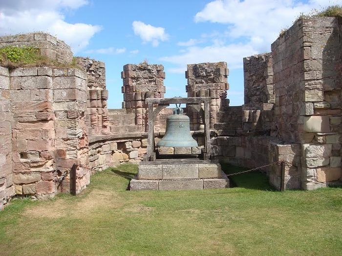 Замок Бамбург (Bamburgh) - Графство Нортумберленд 42285