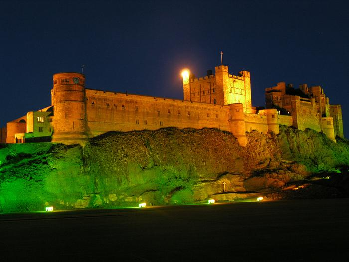 Замок Бамбург (Bamburgh) - Графство Нортумберленд 95327