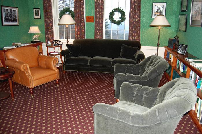 Замок Грей Тауэрс в Гленсайде 95436