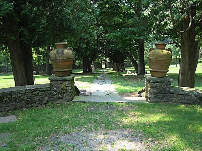 Замок Грей Тауэрс в Гленсайде 68163