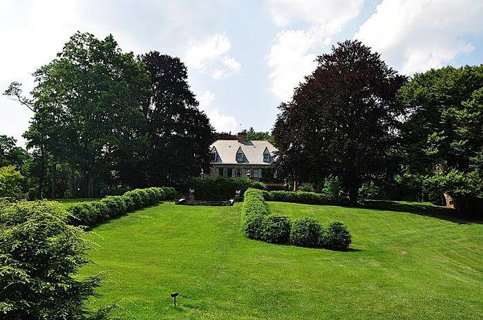 Замок Грей Тауэрс в Гленсайде 94593
