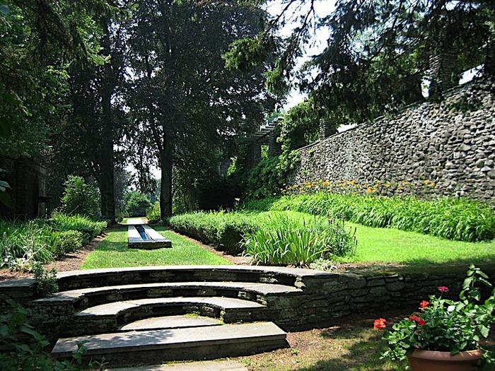 Замок Грей Тауэрс в Гленсайде 67131