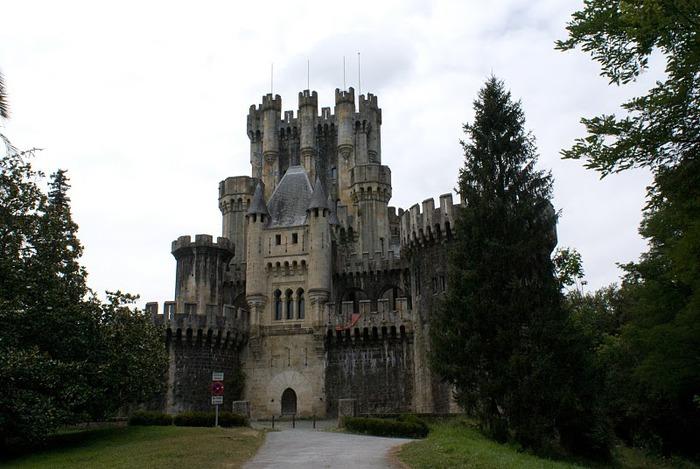Замок Бутрон (Castillo de Butron). Испания 49190