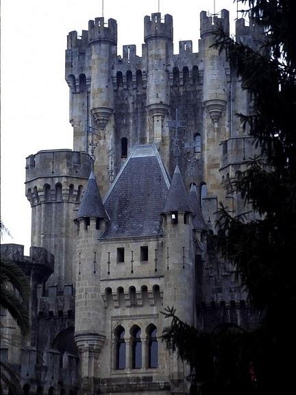 Замок Бутрон (Castillo de Butron). Испания 98391