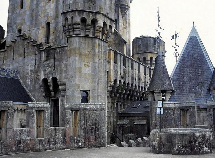 Замок Бутрон (Castillo de Butron). Испания 76206