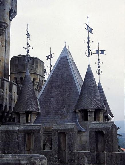 Замок Бутрон (Castillo de Butron). Испания 30049