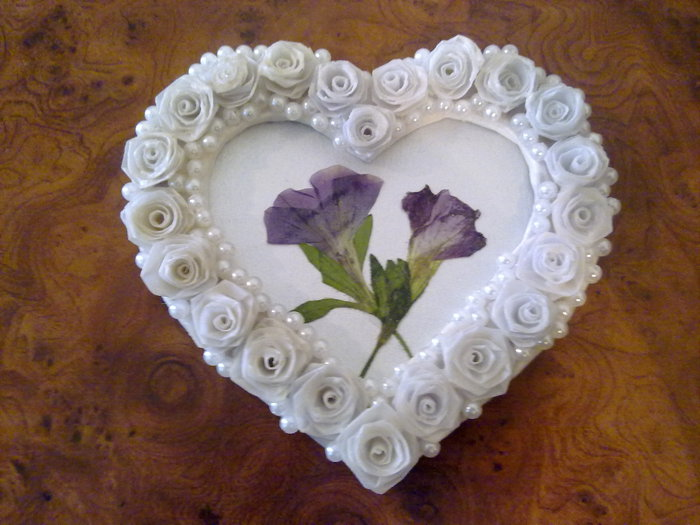 recycling and craft work: heart frame