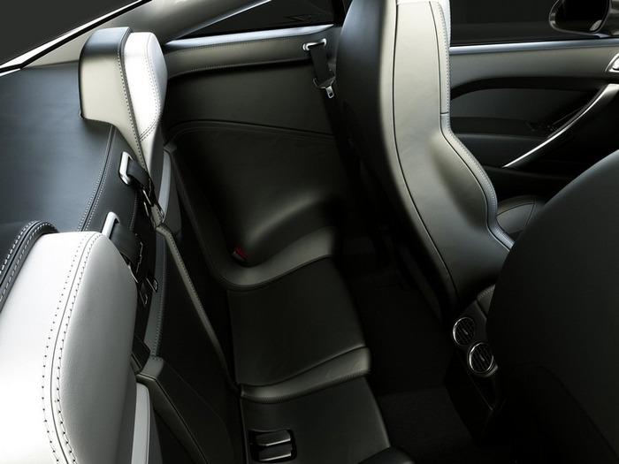 Французский автомобиль Peugeot 308 14