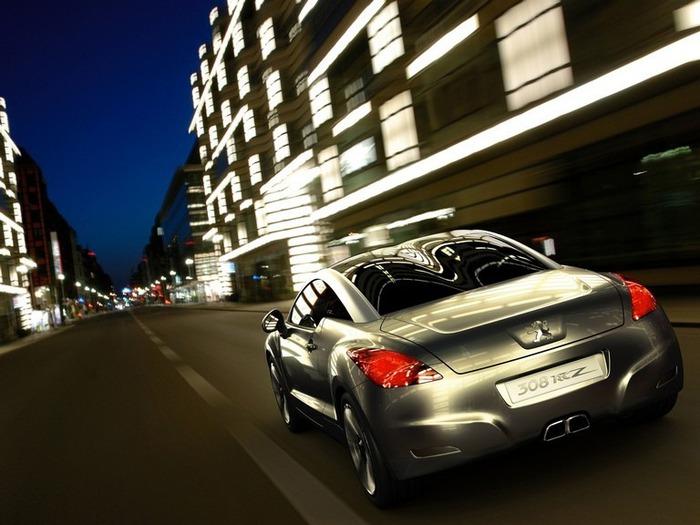Французский автомобиль Peugeot 308 16