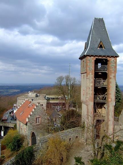 В гости к Франкенштейну- Burg Frankenstein 90422