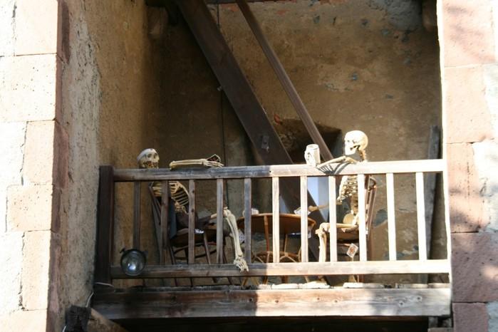 В гости к Франкенштейну- Burg Frankenstein 95413