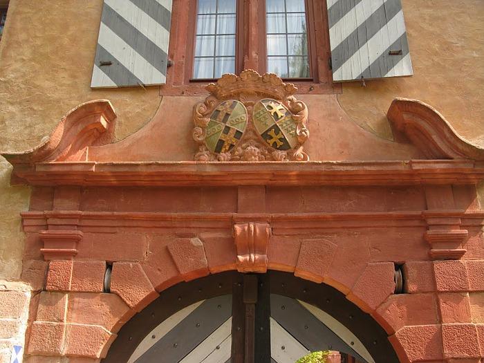 Замок Mespelbrunn. 74461
