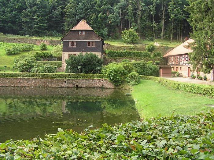Замок Mespelbrunn. 68384