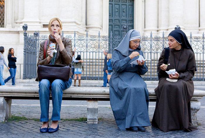 смотреть онлайн есть молиться любить: