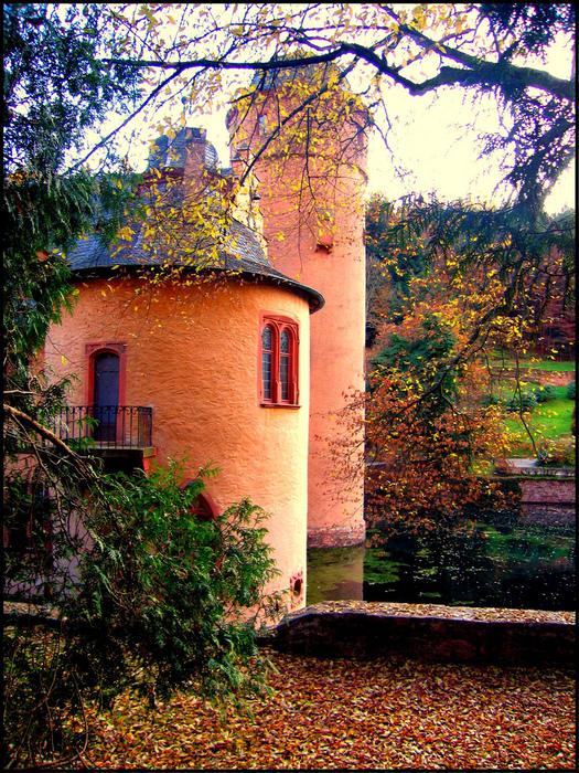Замок Mespelbrunn. 95405