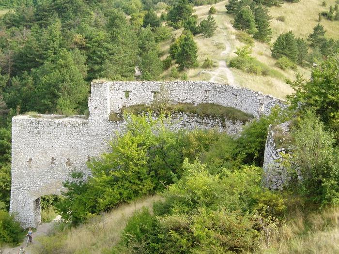 Чахтицкий замок (Cachtice castle) -замок Кровавой Графини. 94946