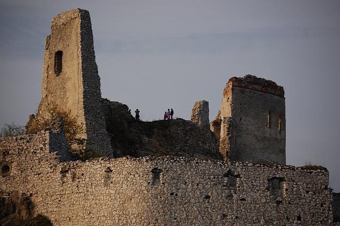 Чахтицкий замок (Cachtice castle) -замок Кровавой Графини. 55677