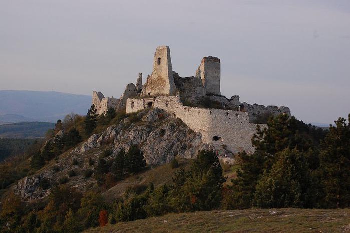 Чахтицкий замок (Cachtice castle) -замок Кровавой Графини. 45848