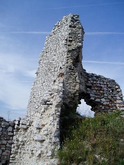 Чахтицкий замок (Cachtice castle) -замок Кровавой Графини. 80708